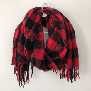Urban Outfitters | LARGE buffalo Plaid Scarf Wrap